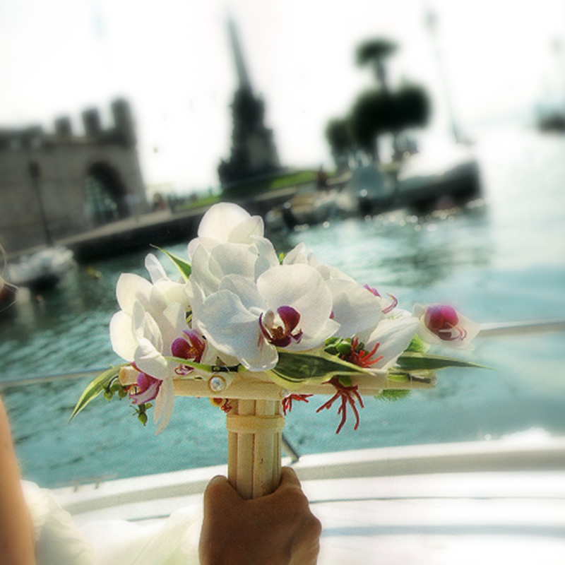 original bouquet italy wedding