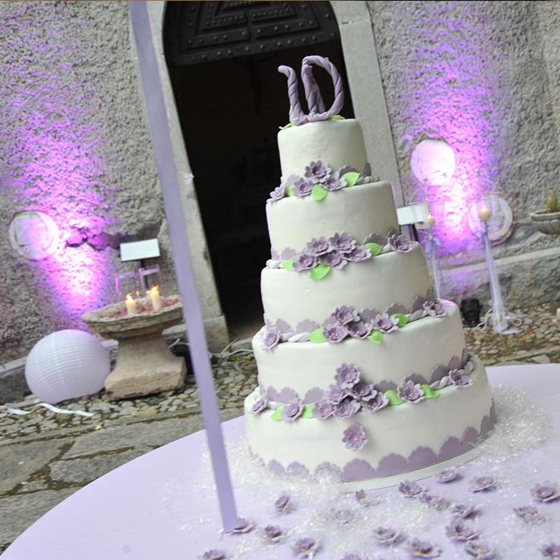 scenografia taglio torta