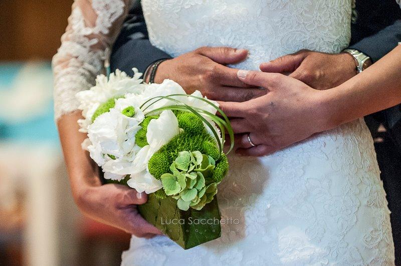Segnaposto Matrimonio Verde Mela.Matrimonio Bianco E Verde Per Le Decorazioni Fiorista