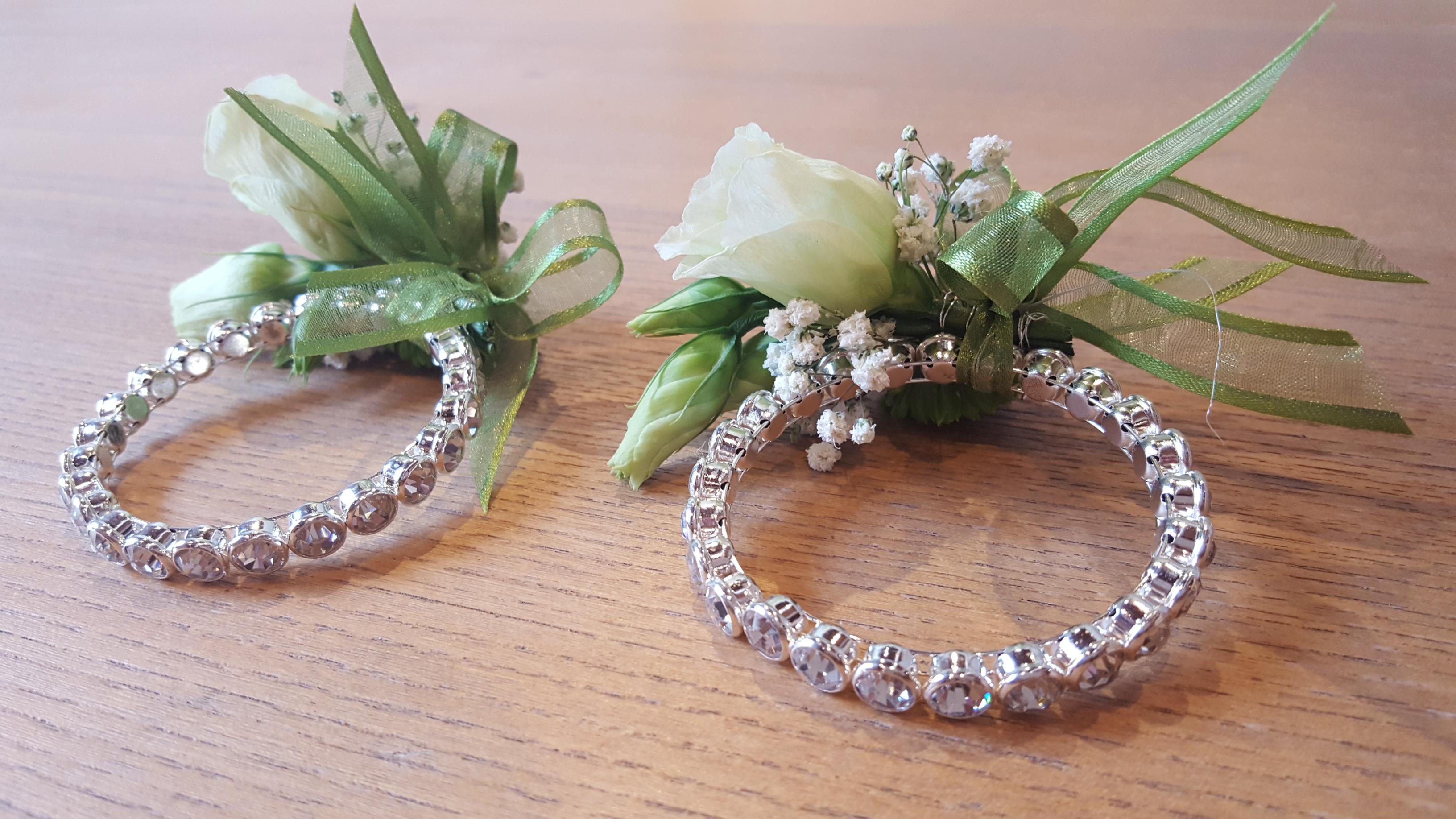 Matrimonio In Verde E Bianco : Bracciale fiori matrimonio uj regardsdefemmes